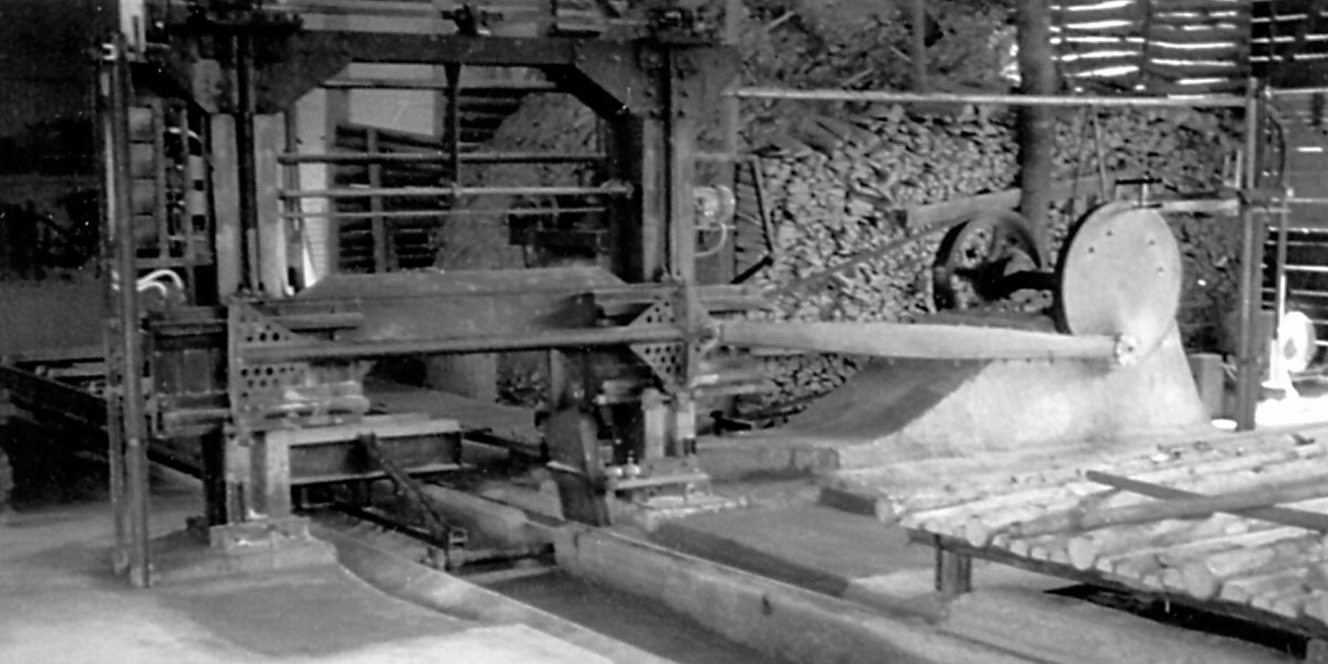 Investment in a frame saw in the 1950s